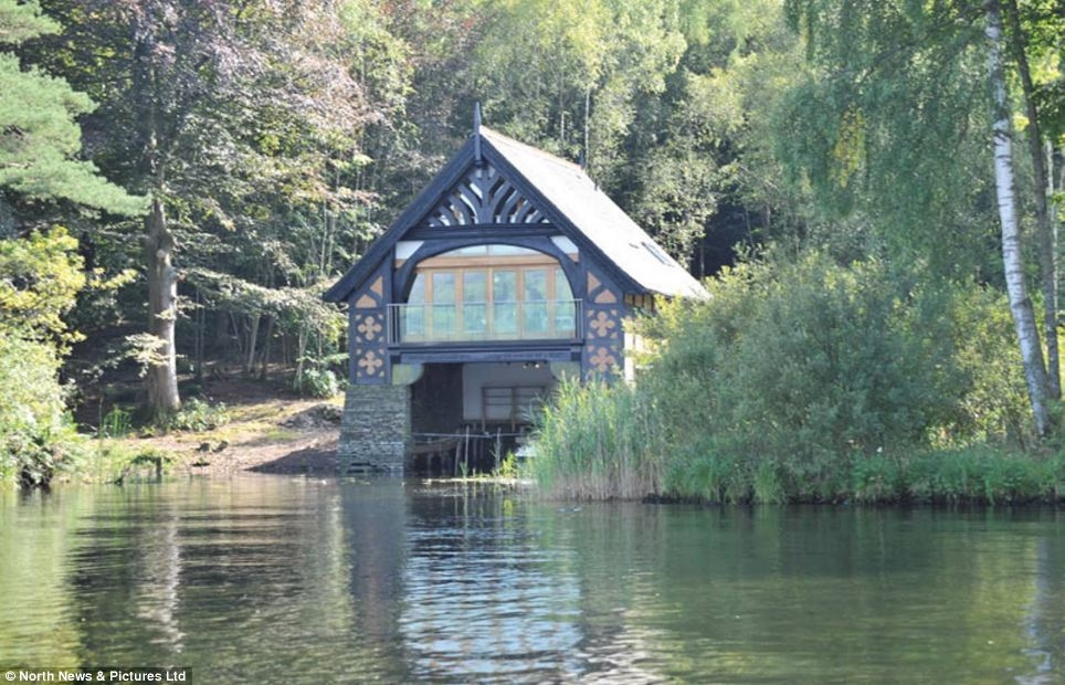 lake windermere luxurious boathouse for sale for 2million Lake Cabin Uk For Sale
