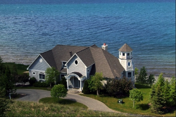 lakehouse lake homes for sale lakefront real estate Lake Cabin For Sale Texas