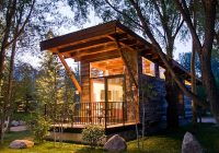 8 smart small space living tips from cabin owners Wooden Cabin Designs