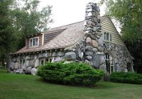 a cottage collection house on the rock stone cottages Cabin Cottage Charlevoix