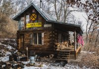 an off grid cabin in wisconsin on copper creek Small Off Grid Cabin