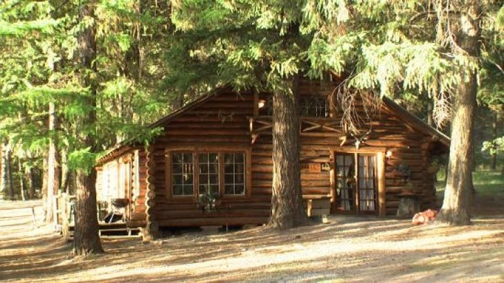 Permalink to Cozy Seeley Lake Cabins Gallery