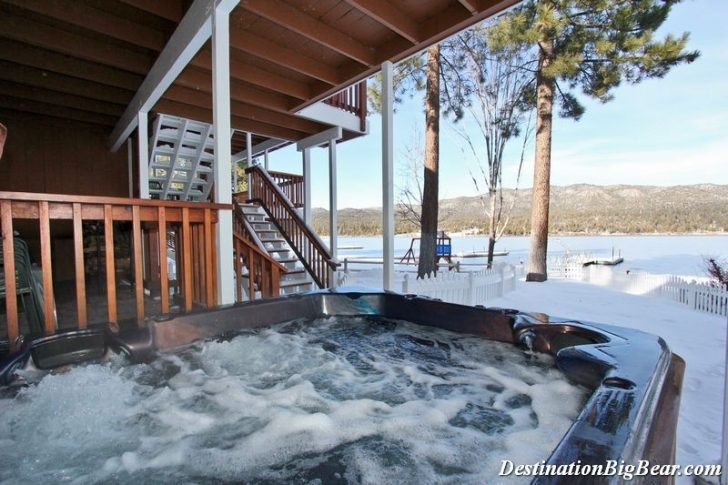 Permalink to Cozy Lake Cabin With Hot Tub Gallery
