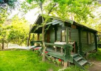 tree houses and cabins holidays helping dreamers do Cottage Cabin Breaks